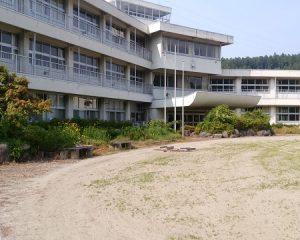 旧安中市立松井田西中学校